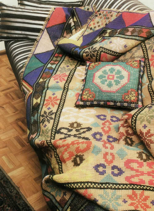 Embroidered sack آموزش گونی بافی : كوسن و روتختی گونی بافی